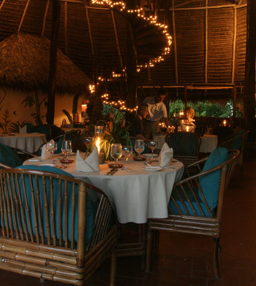 Dining room at Lapa Rios