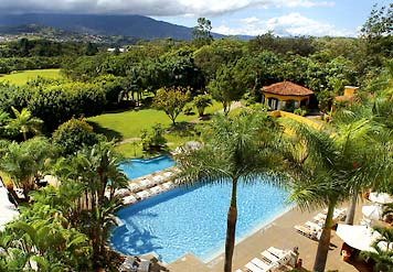 Pool at the Marriott Hotel in Costa Rica.