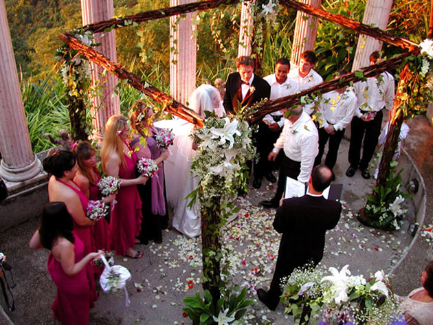 Wedding ceremony at Villas Caletas in Costa Rica.